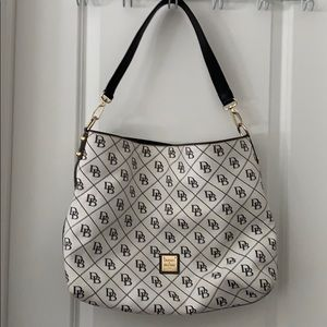 White Dooney & Bourke purse